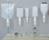 Collection of dispensers_UNRO_web_crop